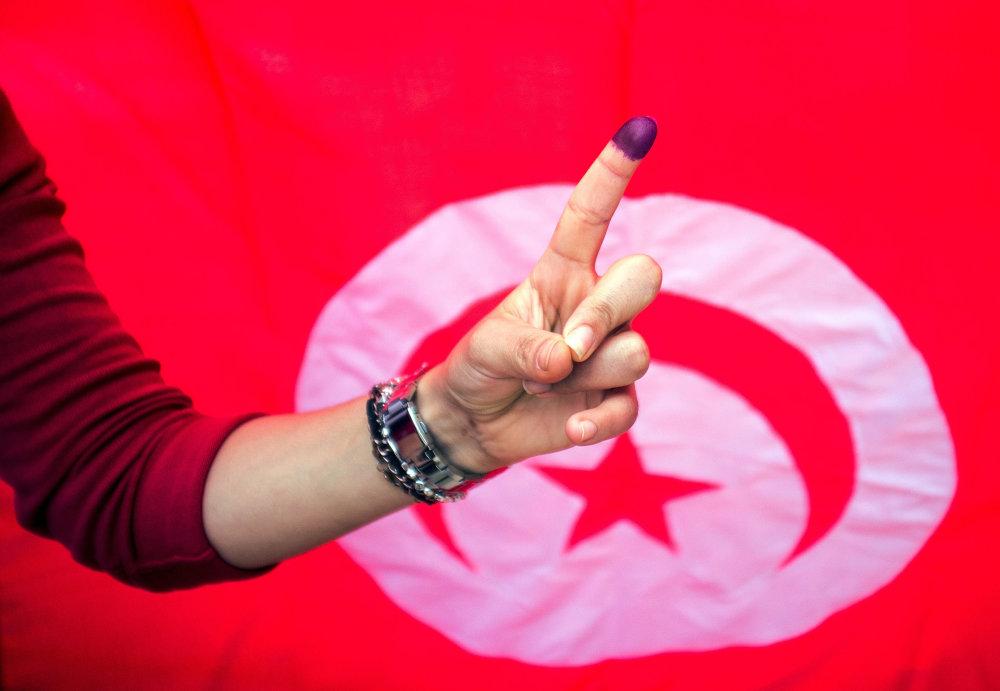 Tunisania si vyskúšali po Arabskej jari slobodné voľby. FOTO - TASR/AP