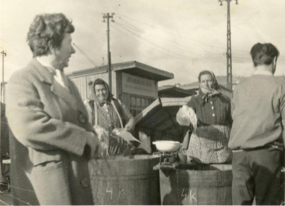 Na trhu. Foto - archív Jána Suchého
