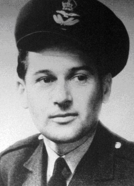 Imrich Gablech v RAF. Foto - archív