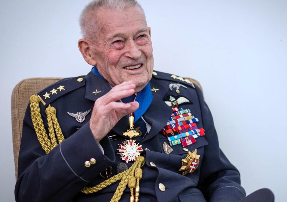 Imrich Gablech pri oslave stých narodenín. foto N - Tomáš Benedikovič