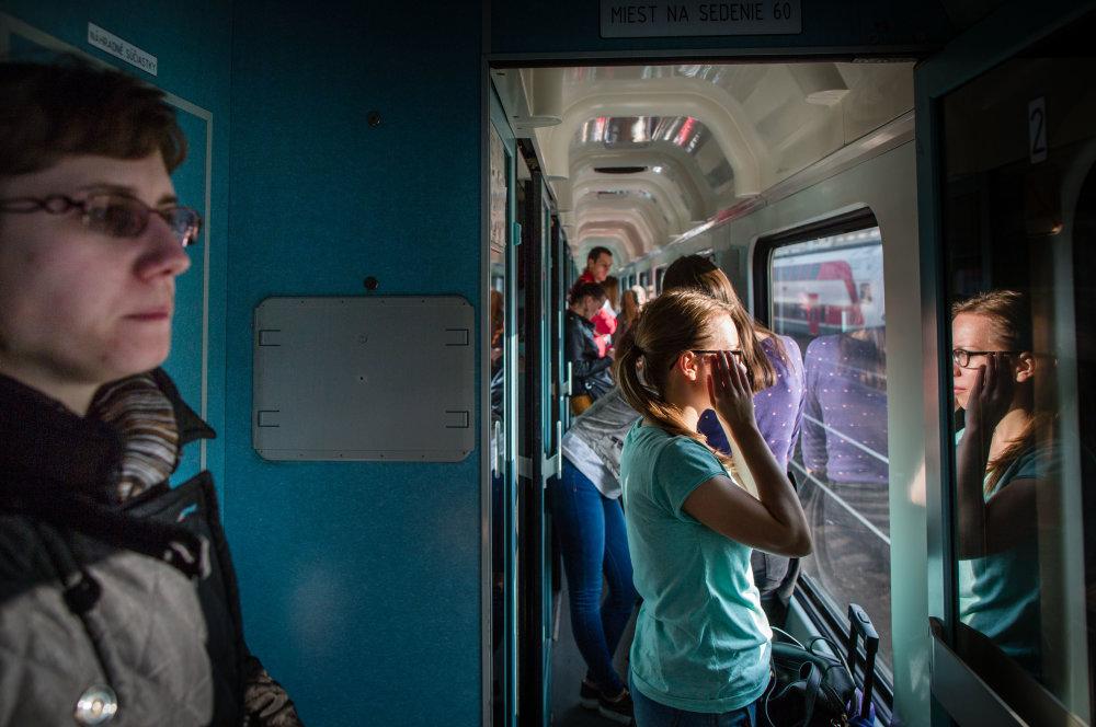 Cestovanie v uličke: realita roku 1985 rovnako ako roku 2015. Foto N - Tomáš Benedikovič