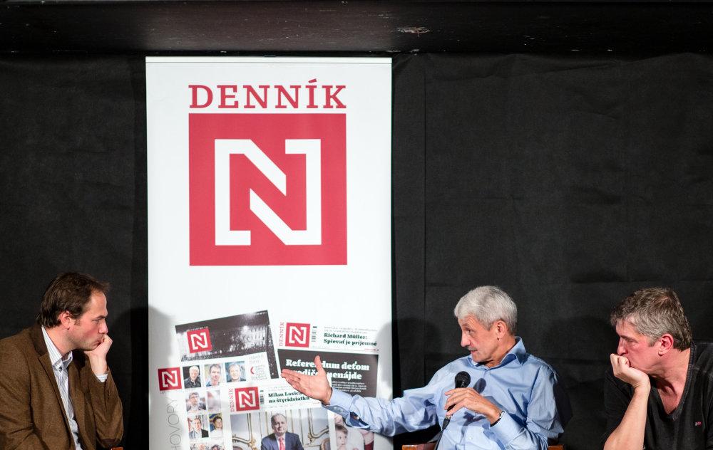 Lukáš Fila, Mikuláš Dzurinda a Štefan Hríb počas debaty Denníka N.  Foto N - Tomáš Benedikovič