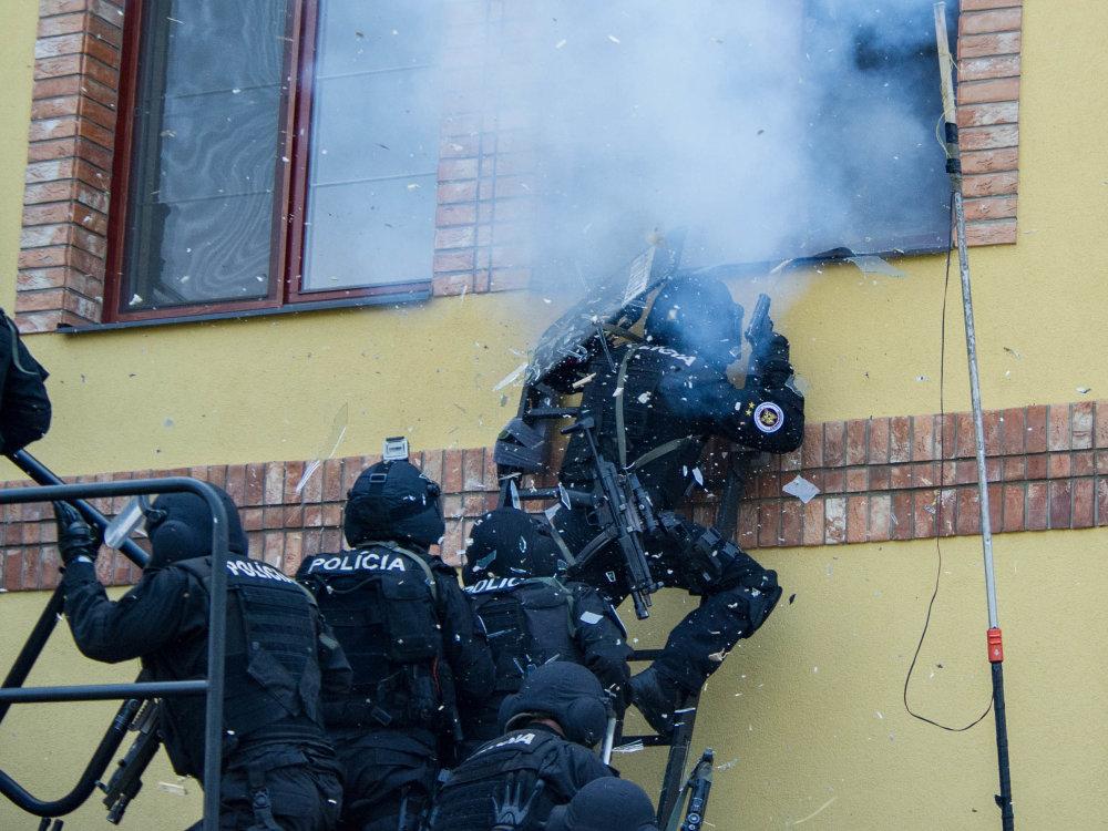 Protiteroristickým výcvikom donedávna prechádzali len špeciálne policajné jednotky. Foto – min. vnútra