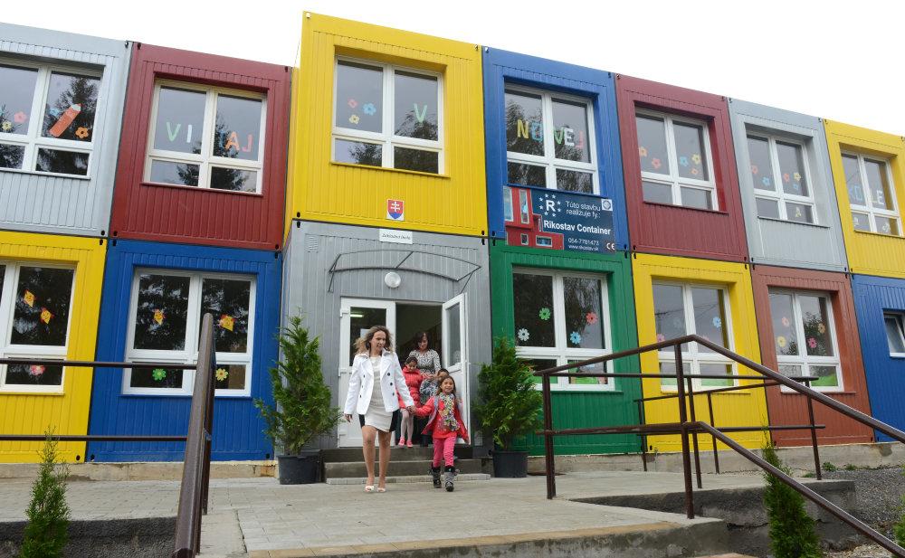 Modulová škola v Kecerovciach. foto – TASR