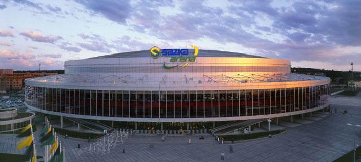 Niekdajšiu Sazka arenu (dnes O2 arenu) postavili pre majstrovstvá sveta v hokeji 2004. Nakoniec stiahla na dno najväčšiu lotérnú spoločnosť v krajine. Foto - Bottamanagement