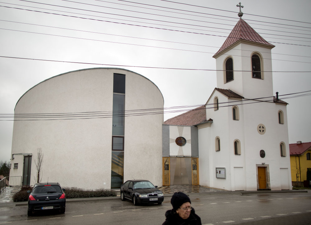 Kostol vo Výčapoch - Opatovciach. foto N - Tomáš Benedikovič