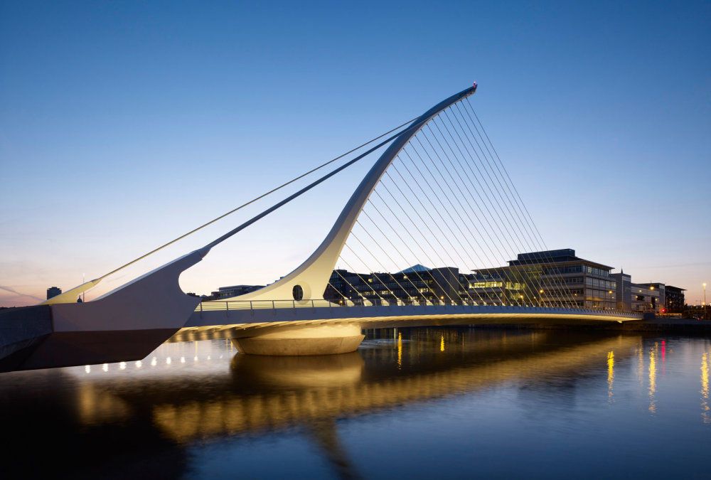 Samuel Beckett Bridge, Santiago Calatrava. Dublin.