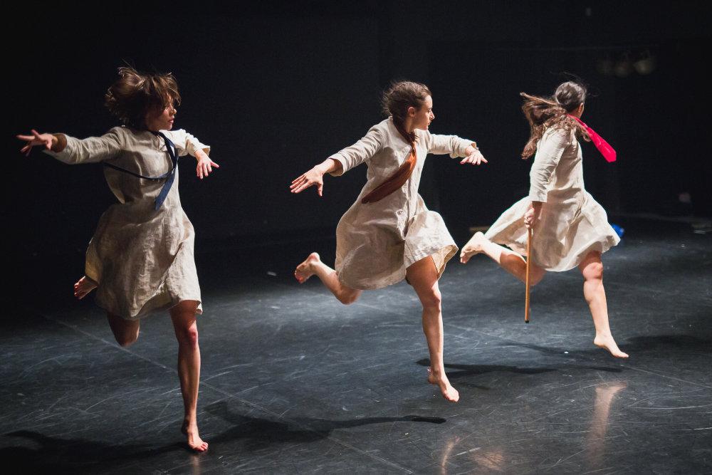 Lenka Rajchmanová, Julia Kannewischer a Maria Hernando Blasco v Jadre. Foto - Vlado Veverka