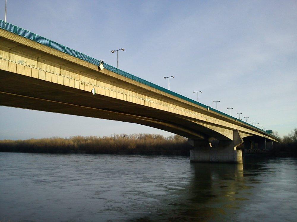 Most Lafranconi, Bratislava. Foto - Andrej Priehradný