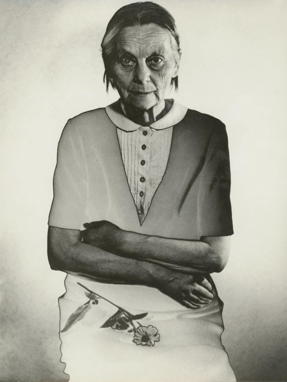 Z cyklu Stará mama, 1960.