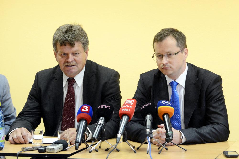 Pavel Ondek s Jurajom Draxlerom. foto - TASR