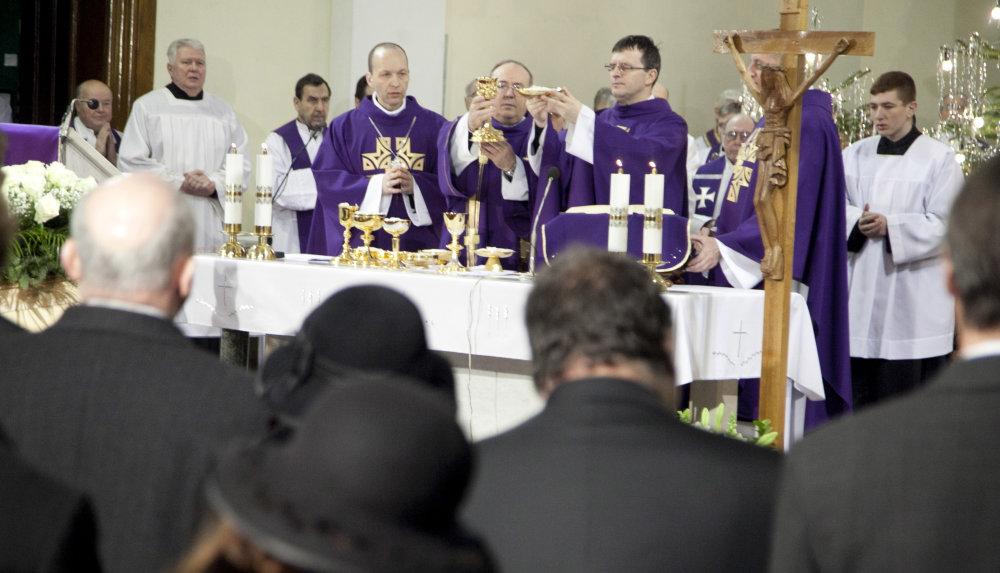 eucharistia (Ľubo Bechný)