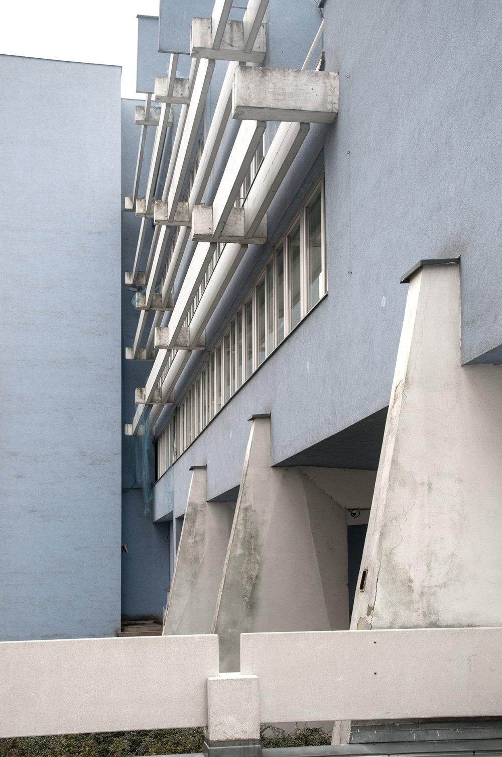 Slovenský zväz spotrebných družstiev, Bratislava, Lumír Lýsek, Lýdia Titlová, interiér Eduard Šutek, 1976. Foto: Olja Triaška Stefanovič