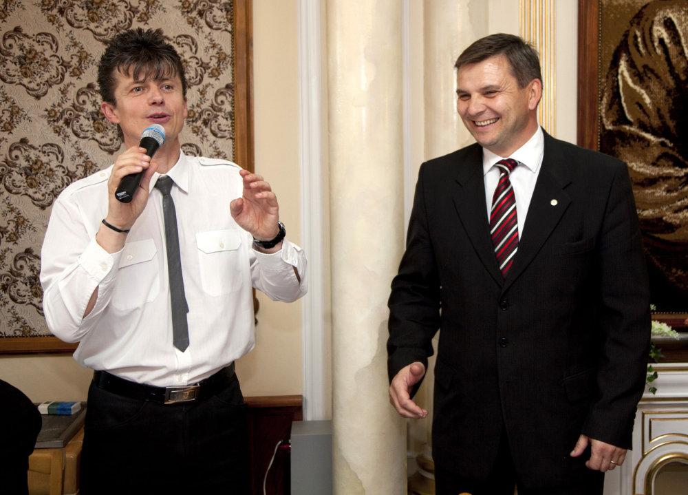 Miroslav Hvožďara s Jánom Brozmanom (foto: Ľubo Bechný)