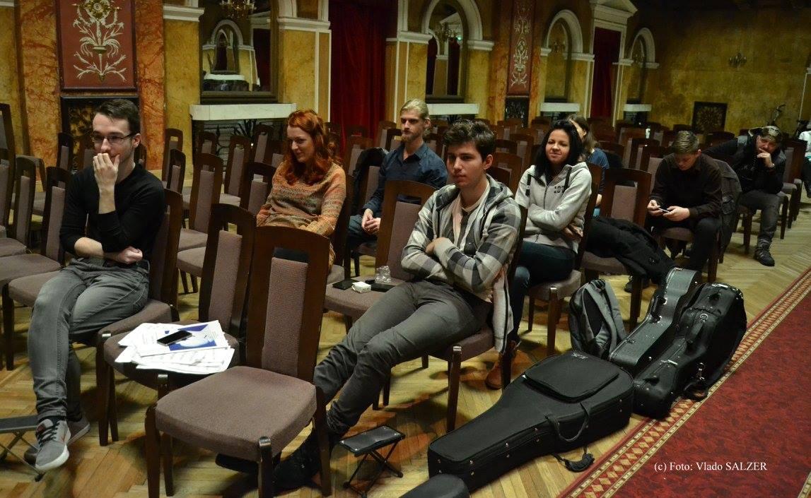 Študenti počas kurzov. Foto: Vlado Salzer.