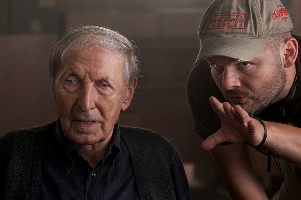 Ladislav Chudík vo svojej poslednej filmovej postave s režisérom Miroslavom Kollárom.