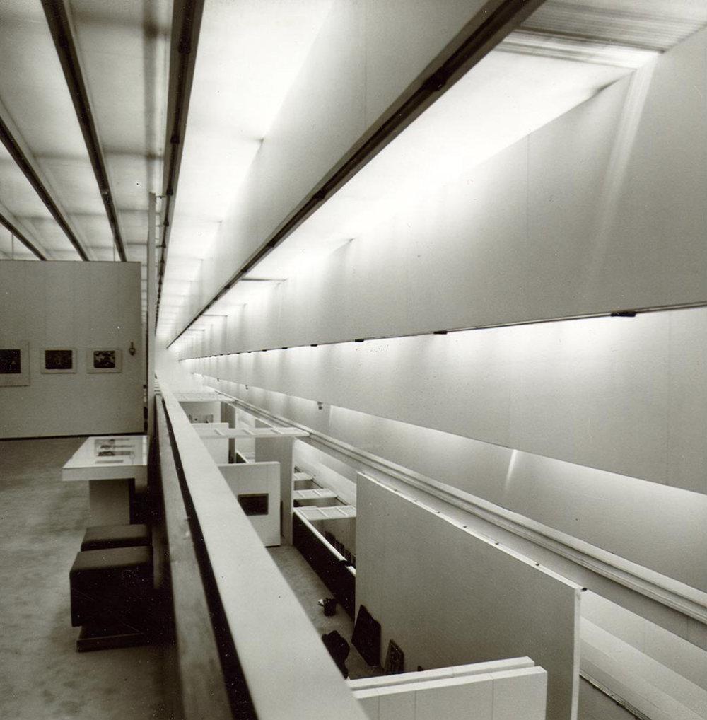 Interiér Premostenia má špecifickú atmosféru. Už pätnásť rokov je však zatvorené. Od januára sa SNG po rokoch čakania konečne rekonštruuje. Foto - Archív V.D.
