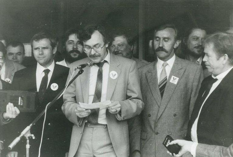 Ján Benčík počas návštevy Václava Havla v Ružomberku. Foto - Jozef Petráš