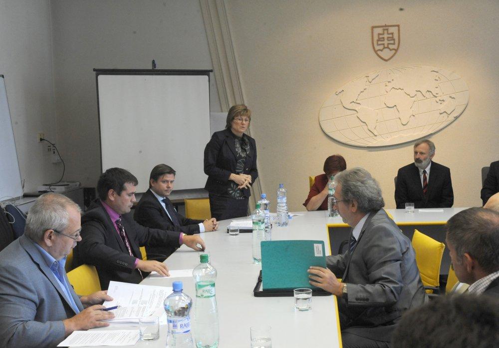 Gabrielu Matečnú vymenovali ako generálnu riaditeľku Pozemkového fondu v apríli 2012, týždeň po nástupe druhej Ficovej vlády. Foto - TASR