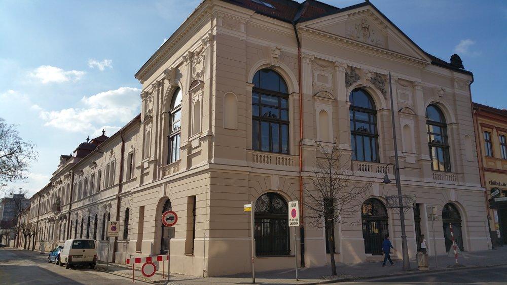 Historická budova radnice. Foto - tasr