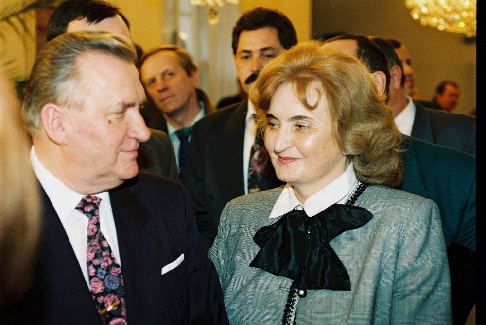 Michal Kováč s manželkou Emíliou po zvolení za prezidenta. foto - TASR