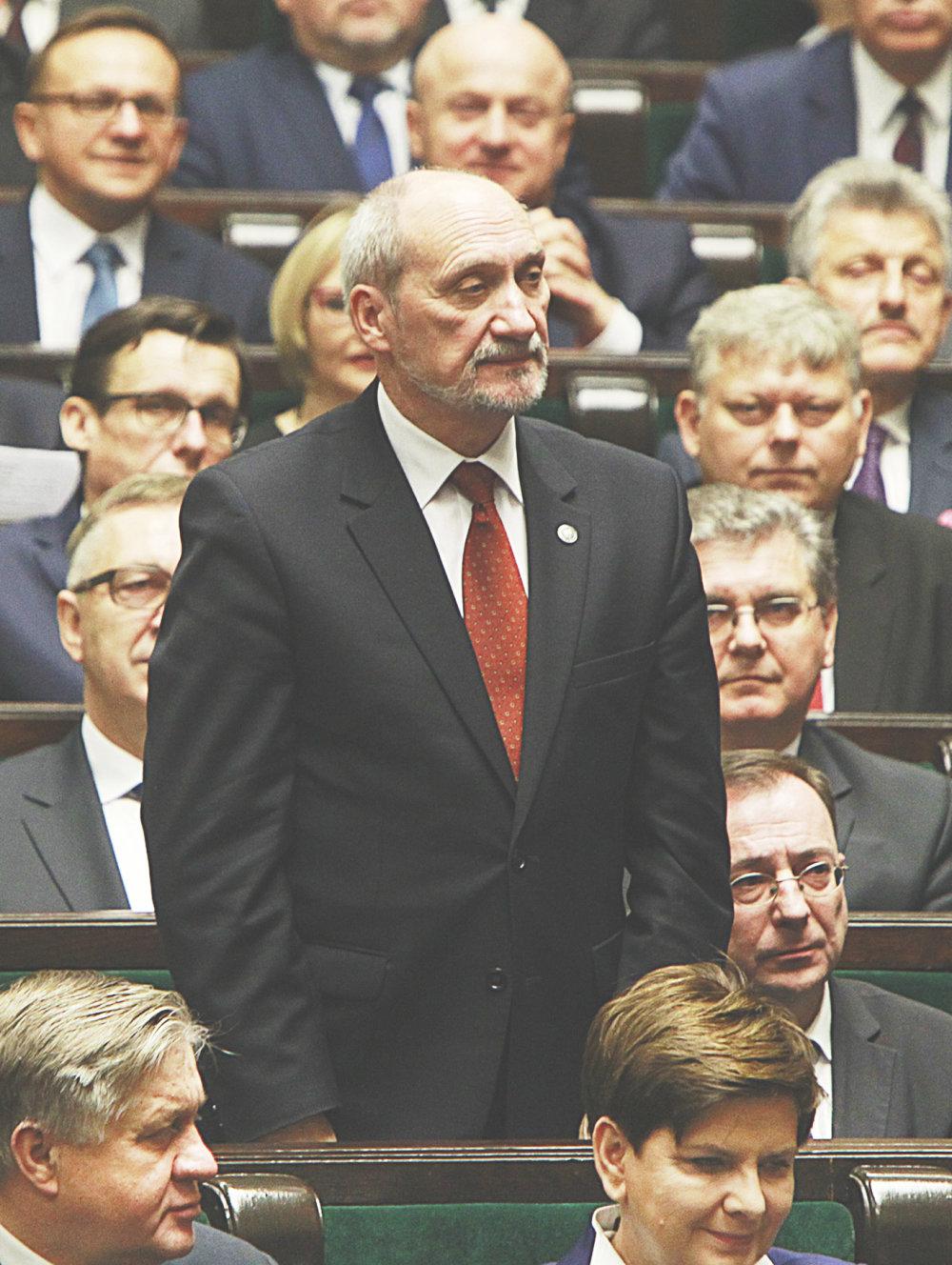 Poľský minister obrany Antoni Macierewicz. Foto – TASR