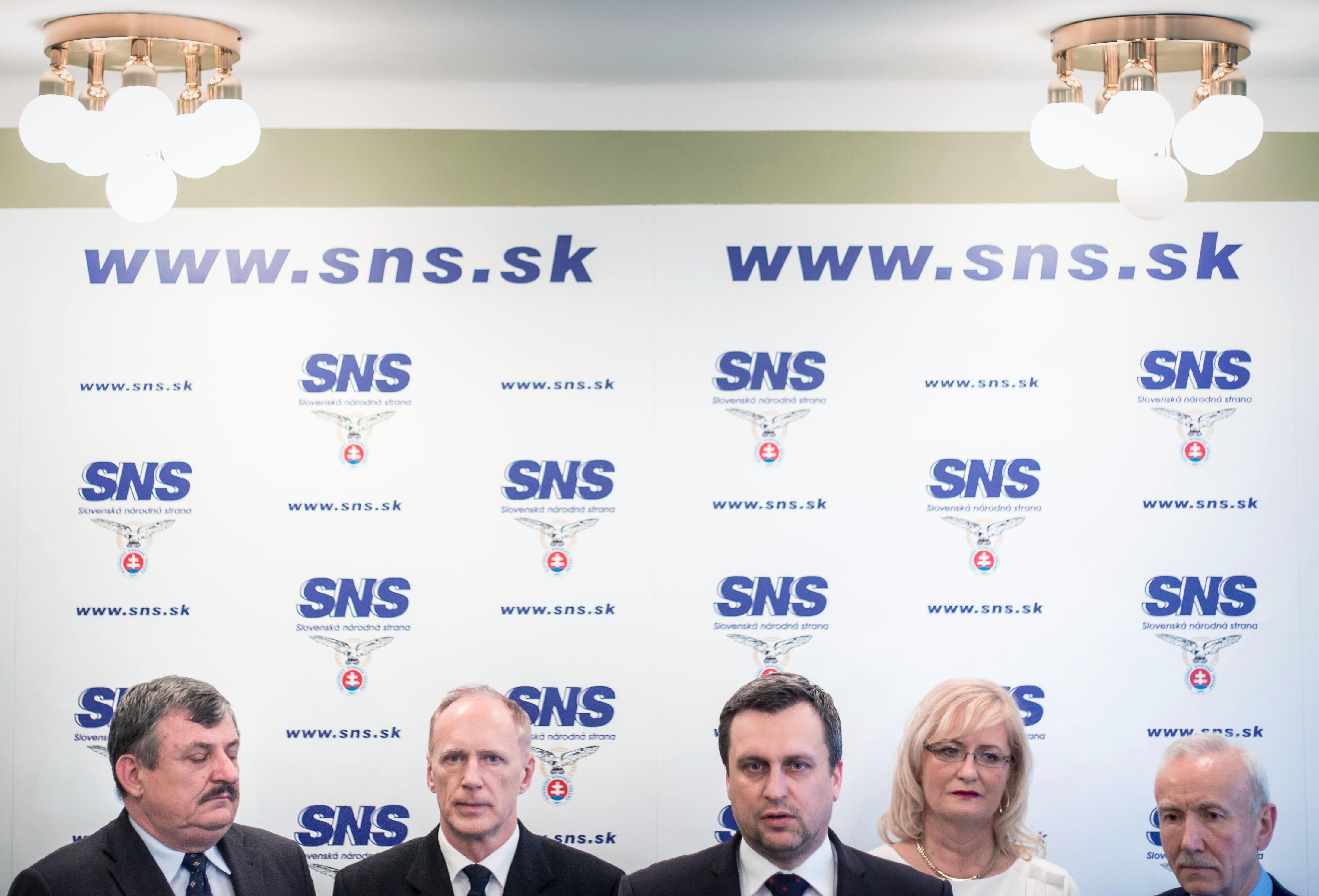 Vedenie SNS. Foto N - Tomáš Benedikovič