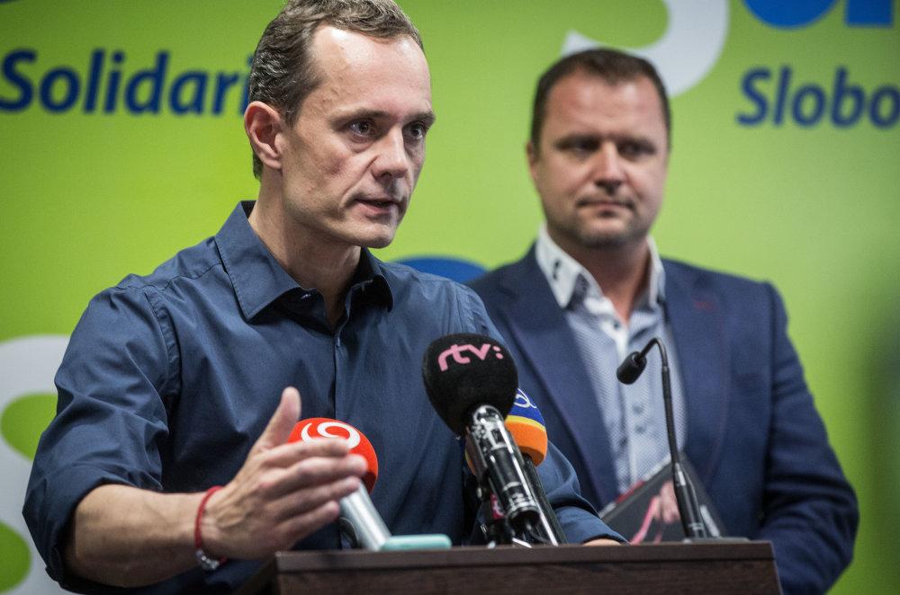 Radoslav Procházka včera povedal, že rokoval s Robertom Kaliňákom. foto N – Tomáš Benedikovič