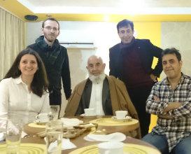 Obi s rodinou a priateľmi počas afganskej večer v Rimavskej Sobote. foto: V. Dolinay