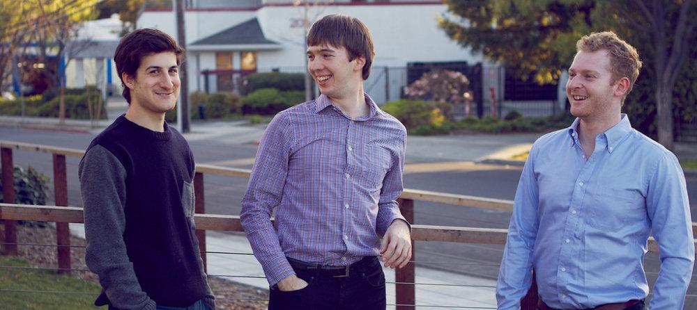 Andrej Pančík (v strede) sa na Oxforde dal dohromady so spolužiakmi z Oxfordu Bryanom Baumom a Leom Siegalom. Ich projekty sa stali v Amerike fenoménom. Foto – Prizeo