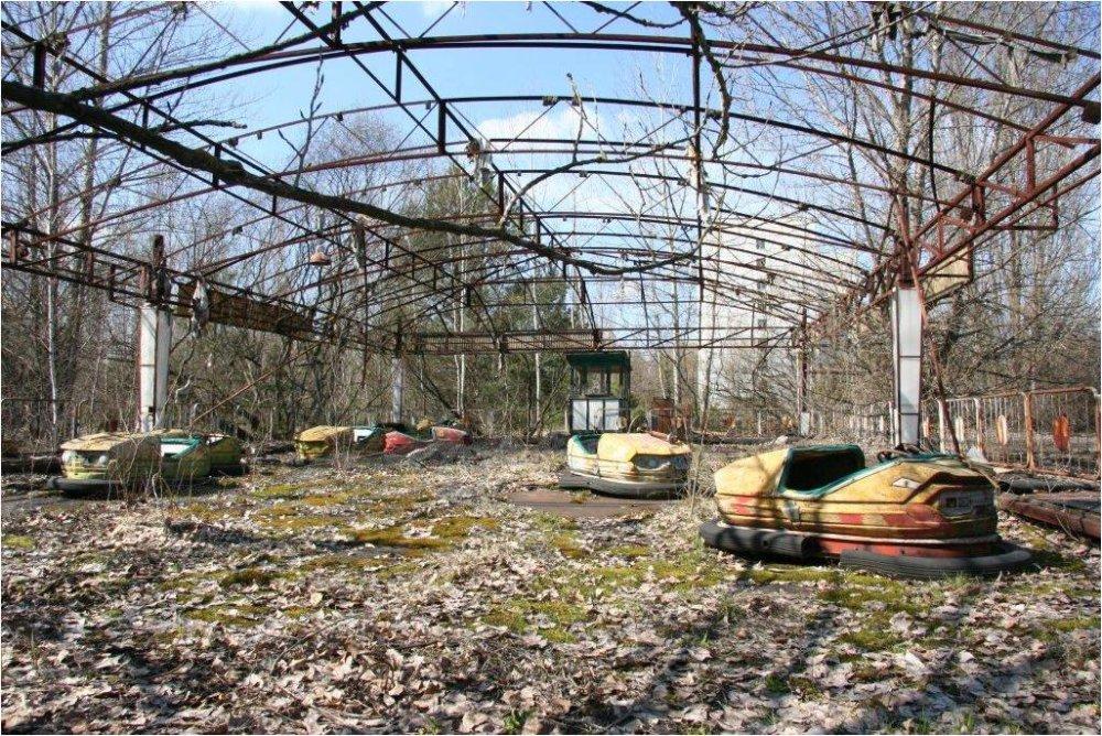 V utorok 26. apríla 2011 si svet pripomenie 25. výroèie èernoby¾skej tragédie následkom explózie reaktora v èernoby¾skej atómovej elektrárni na území dnešnej Ukrajiny. Na snímke detský areál v opustenom meste Pripja, ktoré leží v blízkosti atómovej elektrárne, 18. apríla 2011. FOTO TASR - Pavol Demeš