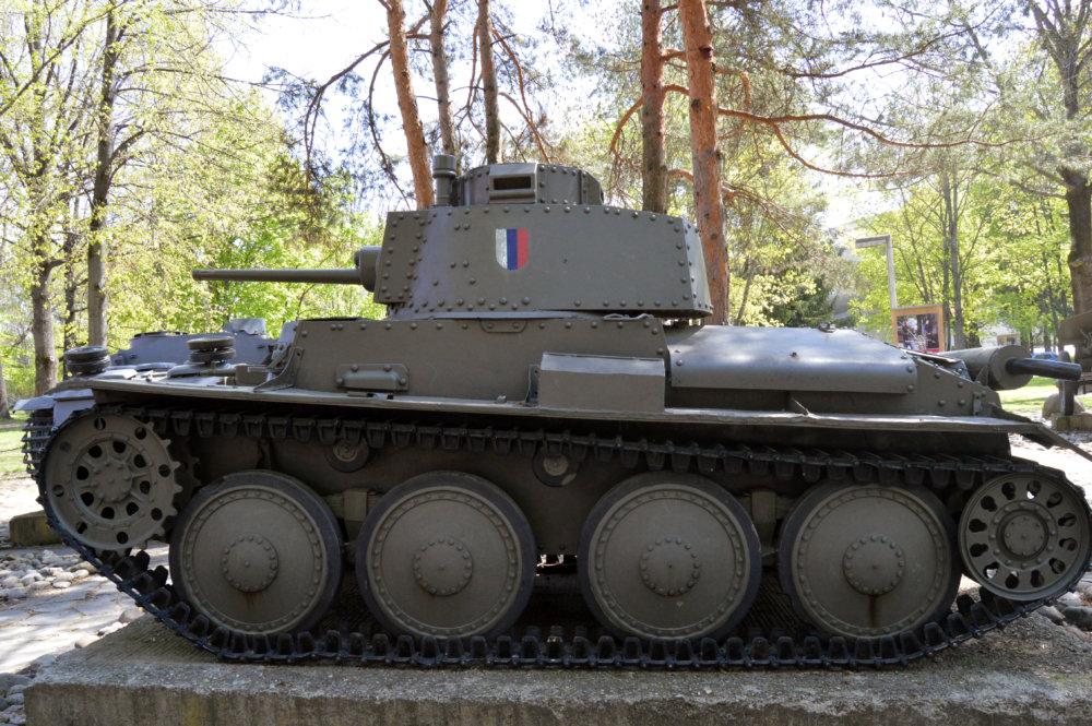 V skanzene tankov Múzea SNP. Foto N – Daniel Vražda