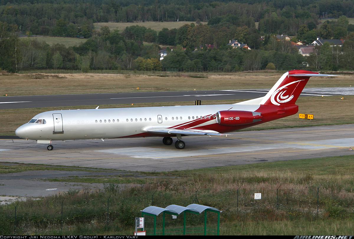 Lietadlo spoločnosti Mjet, ktorý zrejme ministerstvo kúpi. Foto – airliners.net