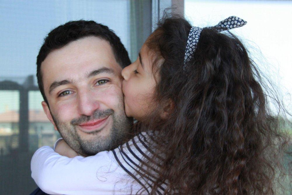 Alenka s ocinom Matejom. Foto – Karol Sudor