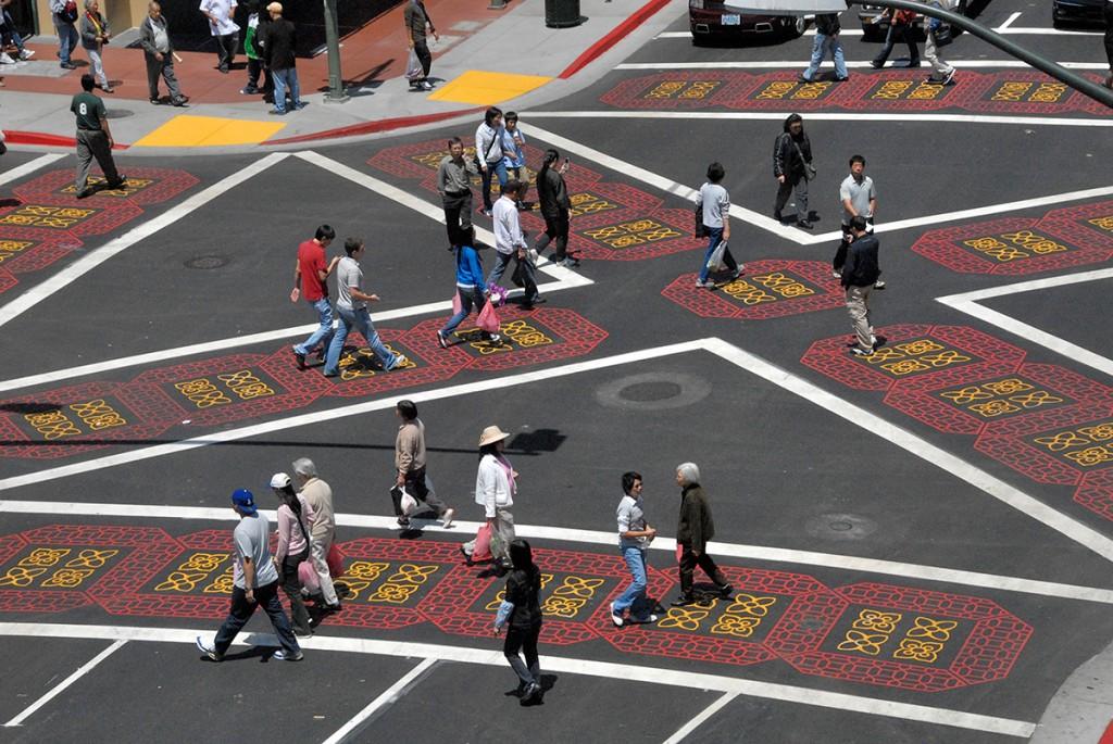 Kreslenie priechodov v smere, kade chodci chodia. Foto: http://www.communitycommons.org/