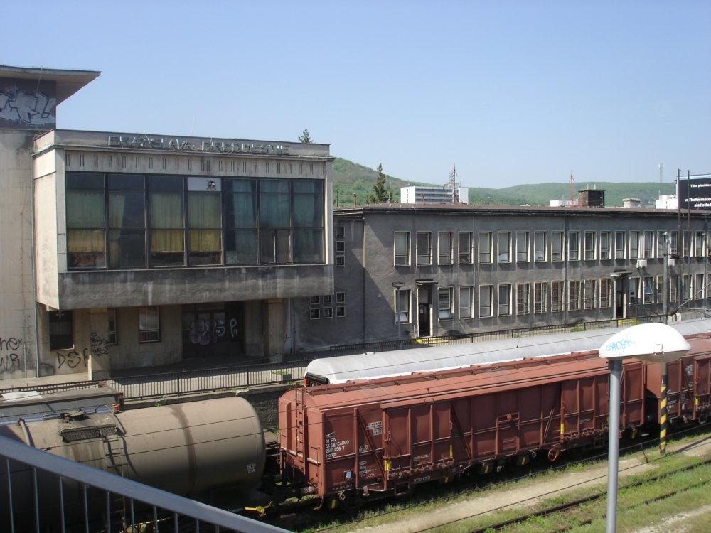 Railway_station_Bratislava_Predmiestie