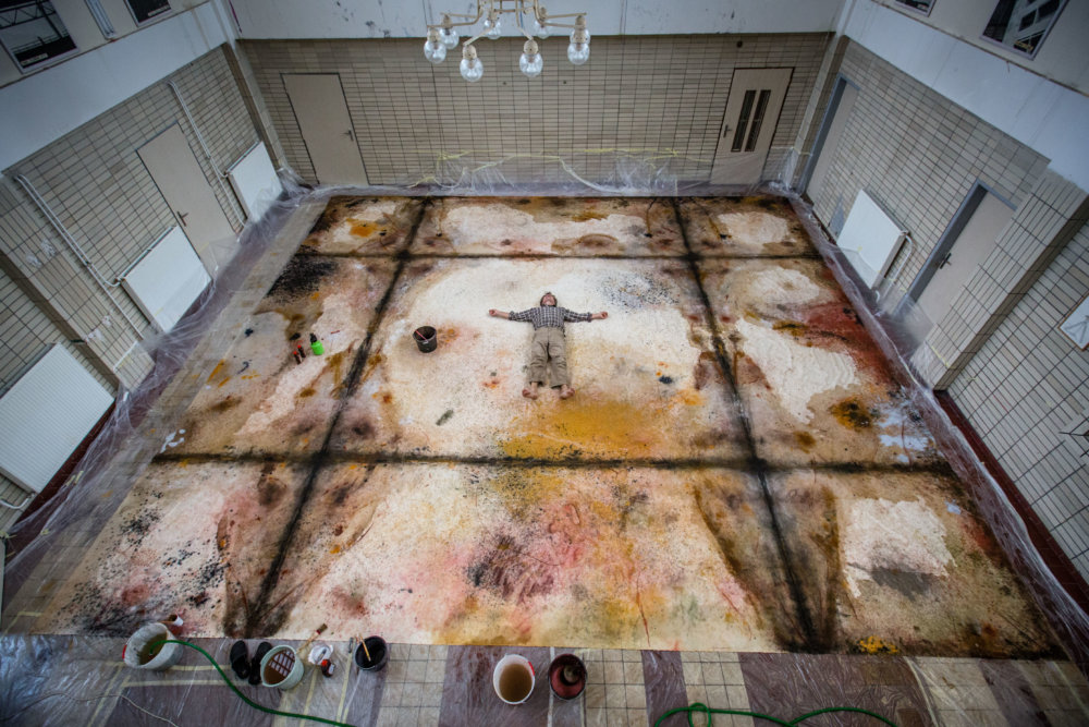 Takto vyzerala maľba Františka Skálu pár dní pred dokončením, teraz už na jej sledovanie rebrík nepotrebujete. Foto N - Tomáš Benedikovič