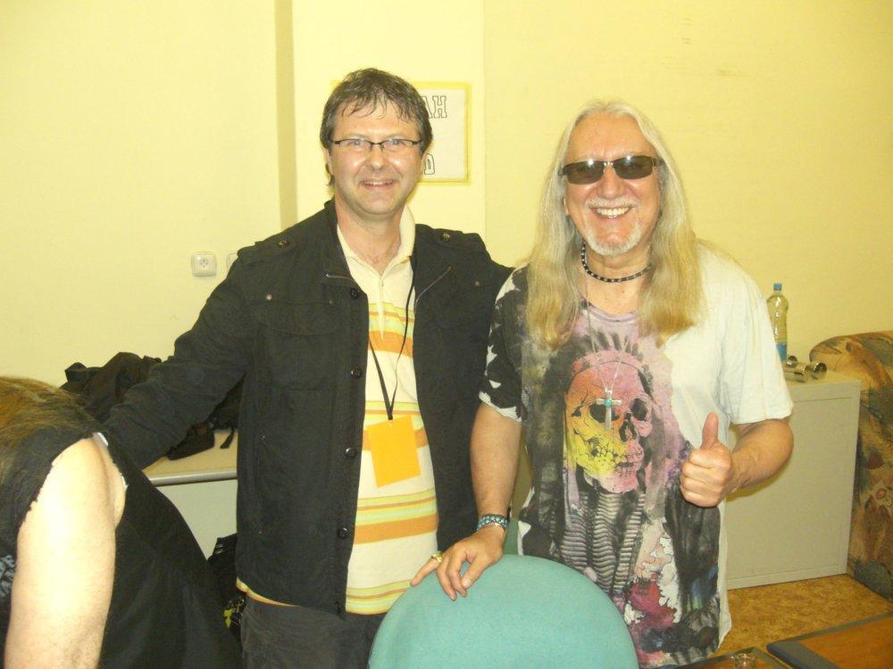 Jozef Klucho s Mickom Boxom z Uriah Heep. Foto - archív J. K.