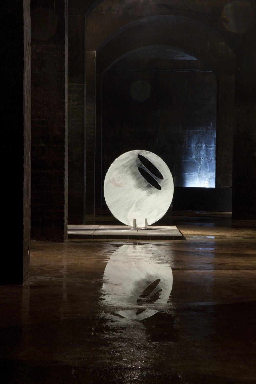 Palo Macho: Nádoby svetla. Foto - Jana Hojstričová