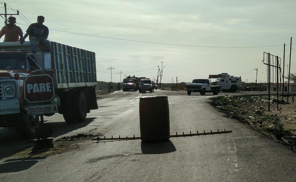 Pohľad na vojenské stanovisko tesne pred zatknutím. Foto - Tomáš Forró