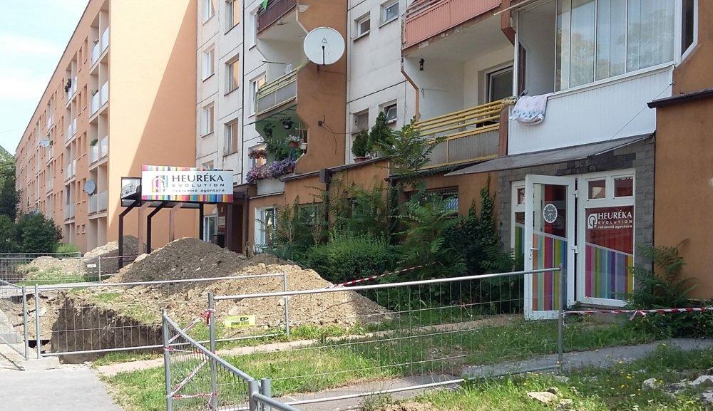 Šoltésovej ulica v Košiciach je sídlom nielen reklamnej agentúry, ale aj neoficiálnou centrálou webu Hlavnespravy.sk. Foto - N