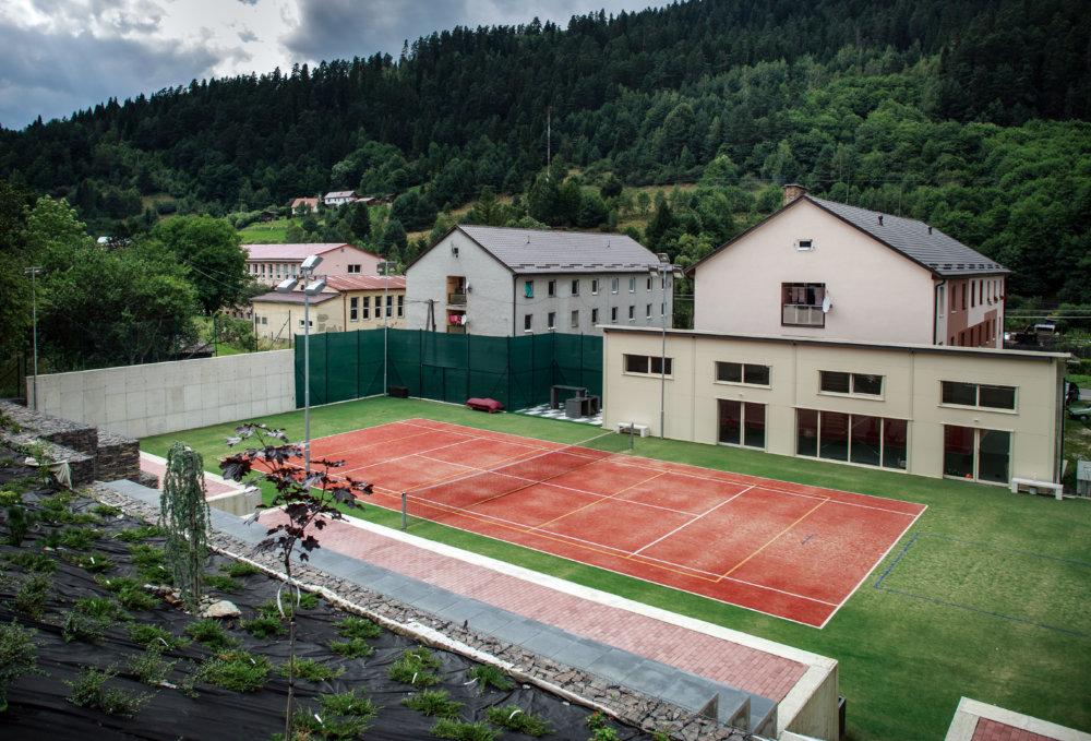 Podnikateľ Baran má v Smolníku dom, pri ktorom si postavil tenisový kurt. Foto N - Tomáš Benedikovič