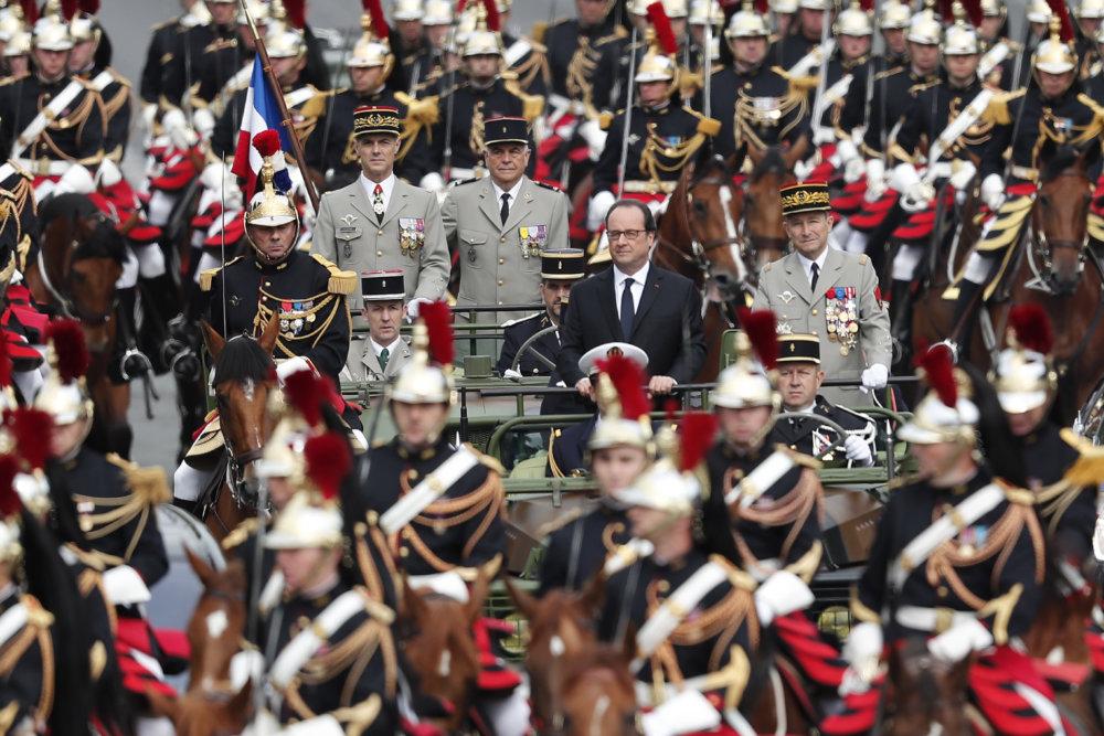 Oslavy Sviatku dobytia Bastily sa skončili pre Francúzov tragicky. FOTO - TASR/AP