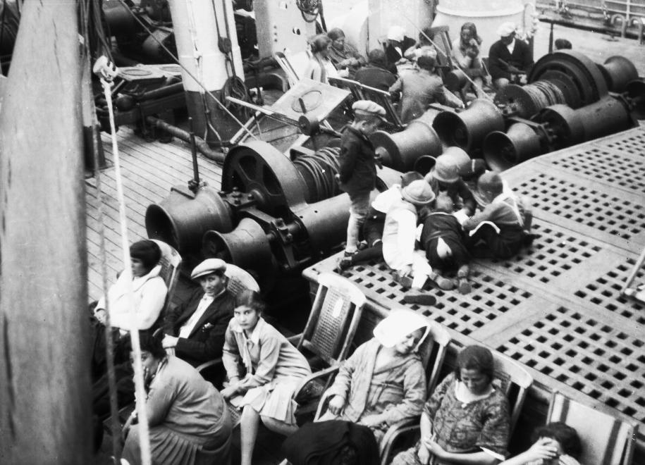 Deti plavba nenudí (1930)