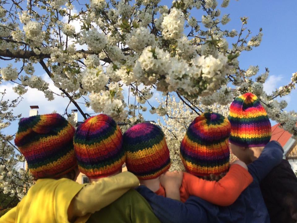 Päť detí by u jednej učiteľky nemalo ostať. Foto - archív Rainbow Garden