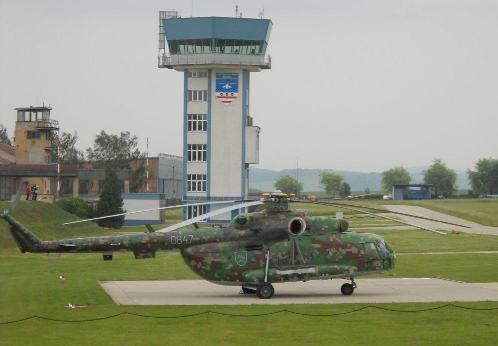 Leteckú základňu pri Prešove zvažovalo ministerstvo obrany zrušiť, teraz by tu mohlo sídliť výcvikové centrum medzinárodného významu. Foto - Wikipedia