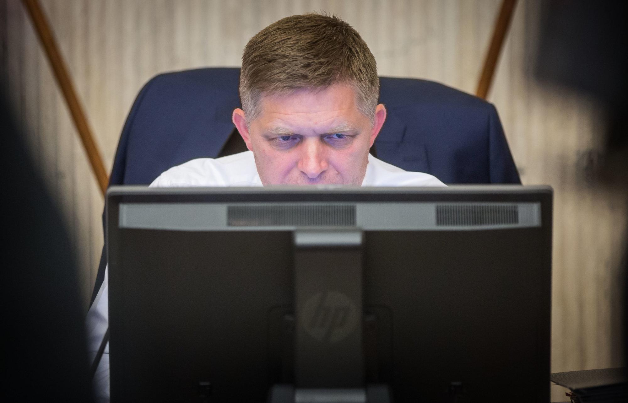 Fico napadol šéfa tímu Gorila, ktorý odchádza do civilu: Nech je radšej ticho - Denník N