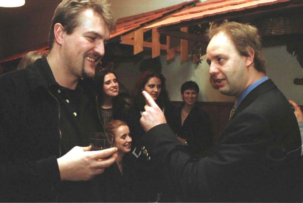 Moderátor a neskorší neúspešný politik Robo Beňo a zakladateľ Markízy Pavol Rusko. Foto - TASR