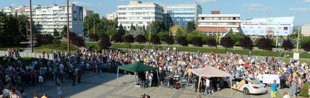 Košický protest proti novému parkovaniu. Foto - TASR