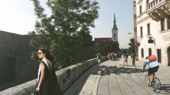 zidovska-ulica-bratislava_02-nestandard1
